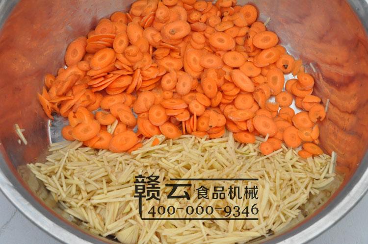 胡萝卜片和土豆丝效果